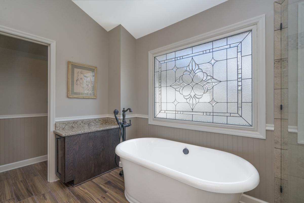 Glasgow Master Bath