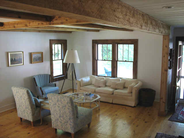 Lovely open beam ceiling ideas selection dream home for Can a load bearing wall be removed